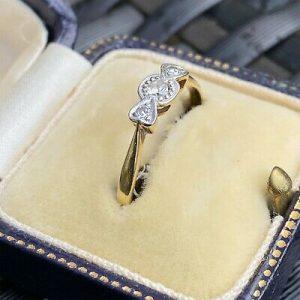 Art deco, 18ct, 18k, 750 Gold & Platinum, Diamond heart engagement ring, C1920