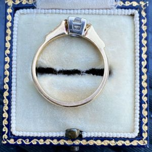 Art Deco, 18ct, 18k, 750 Gold, Diamond (0.44ct) Solitaire engagement ring, C1935