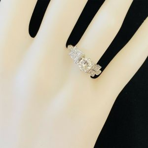 Fabulous, Art Deco Platinum Diamond VSI, 0.60ct Solitaire engagement ring, C1920