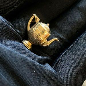 Vintage 9ct, 9k, 375 yellow gold coffee, teapot pendant charm, fully hallmarked