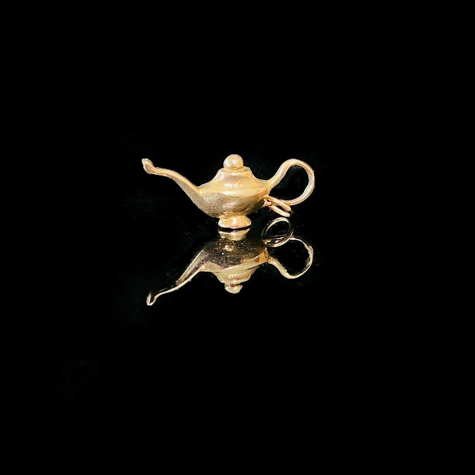 Antique 9ct, 9k, 375 rose gold, solid Genie lamp pendant, charm, 3.0grams