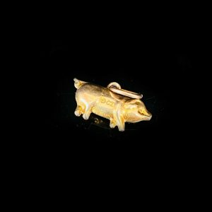 Vintage 9ct, 9k, 375 yellow gold pig, boar charm, 14.5 x 8mm