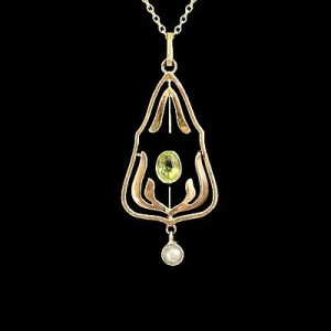 Art Nouveau 9ct, 9k, 375 Rose Gold, Peridot & pearl lavaliere pendant, C1905