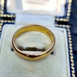 Art Deco 22ct, 22k, 980 solid yellow gold D-shaped wedding ring, London 1923