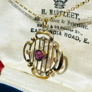 Exquisite, Art Nouveau 9ct, 9k, 375 Gold Amethyst & Pearl pendant, Circa 1905