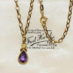"Stunning Vintage 9ct, 9k, 375 Gold, Amethyst pendant & chain, Length: 18"" / 46cm"