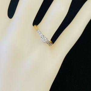 Art Deco 18ct 18k Gold & Platinum,illusion-set Diamond Solitaire engagement ring