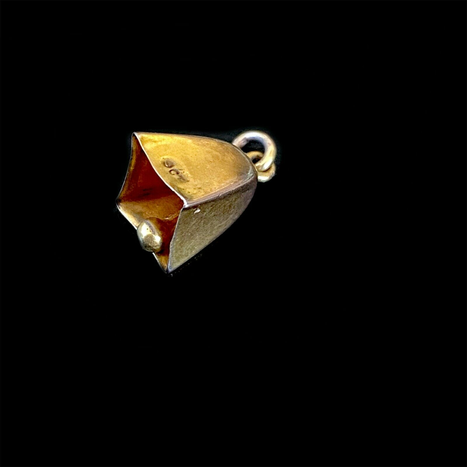 Pretty, Antique, Edwardian 9ct, 9k, 375 gold bell charm, 13.2 x 7.2mm, C1910