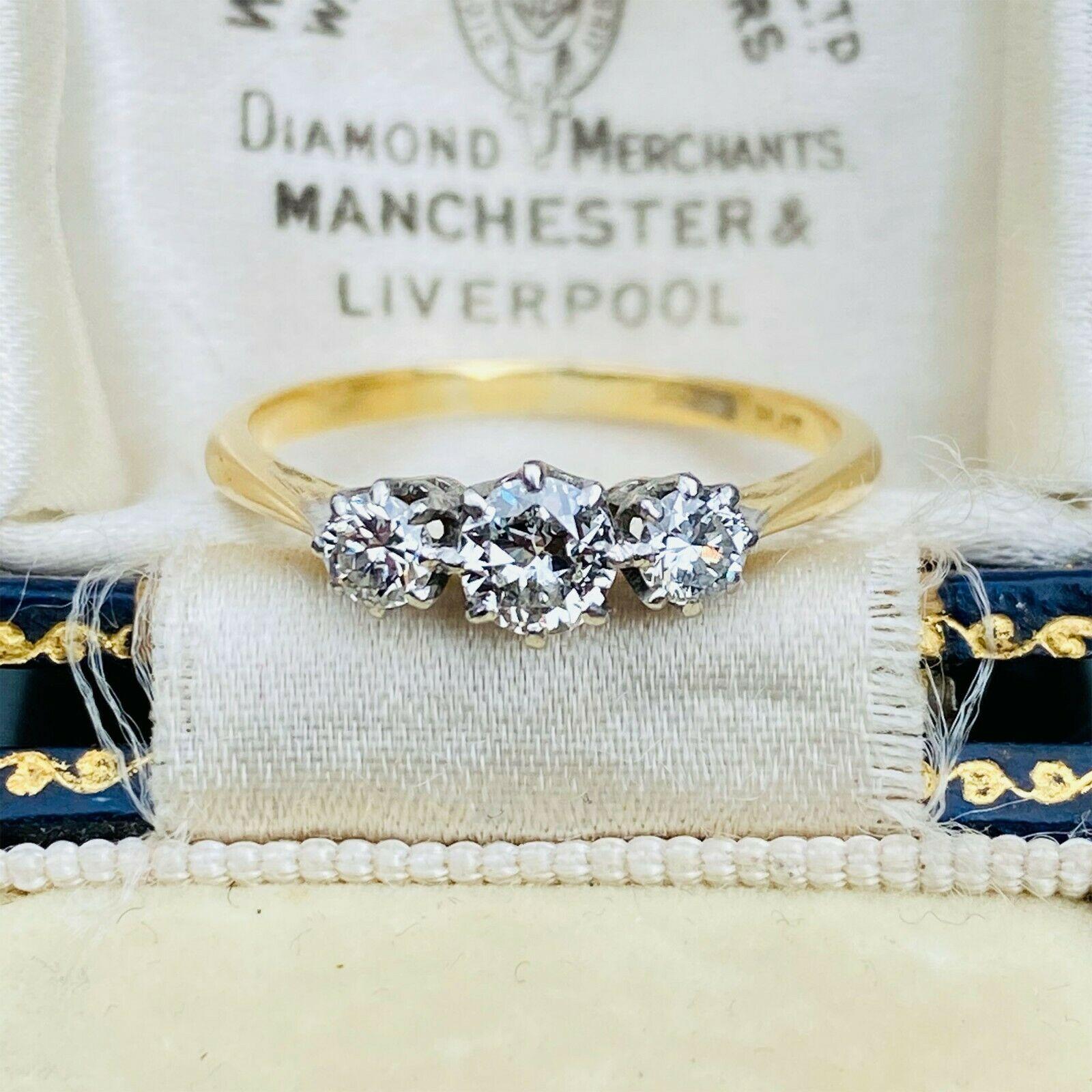 Art Deco, 18ct, 18k, 750 Gold & Platinum Diamond, three stone engagement ring