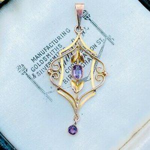 Pretty, Art Nouveau 9ct, 9k, 375 Gold Amethyst lavaliere, pendant, Circa 1895