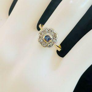 Edwardian 18ct, 18k, 750 Gold Sapphire & diamond cluster, engagement ring C1905