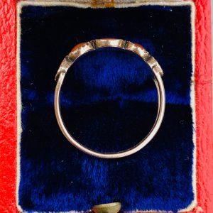 Antique, Georgian 9ct, 9k, 375 rose gold Coral five stone ring, Circa 1810