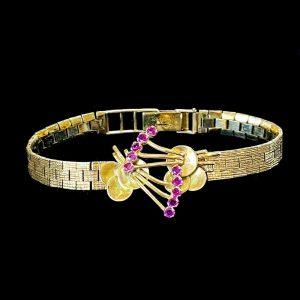Vintage, 9ct, 9k, 375 Gold & Ruby, brick link bracelet, Weight 20.8 grams,London
