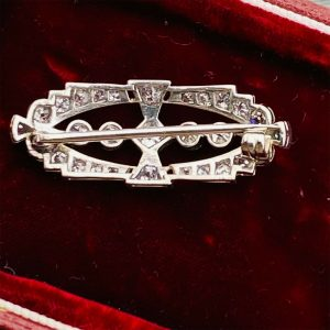 Fabulous, Art Deco Platinum Diamond 1.80ct encrusted brooch, pin C1920's