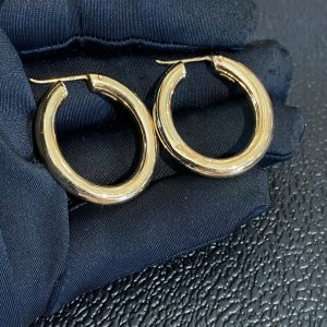 Gorgeous pair of large 9ct, 9k, 375 Gold, oval hoop Earrings, 30x34mm