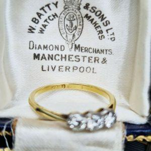 Art Deco, 18ct, 18k, 750 Gold & Platinum Diamond 0.36ct 3-stone engagement ring