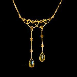 Exquisite, Art Nouveau 15ct, 15k, 625 Gold Peridot lavaliere necklace, C1895