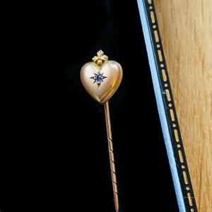 Victorian 9ct, 9k, 375 Gold Sapphire heart Stick, tie, cravat, lapel pin
