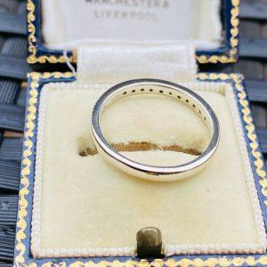 Stunning 18ct/18k 750 white gold, Diamond 0.16ct half eternity, anniversary ring