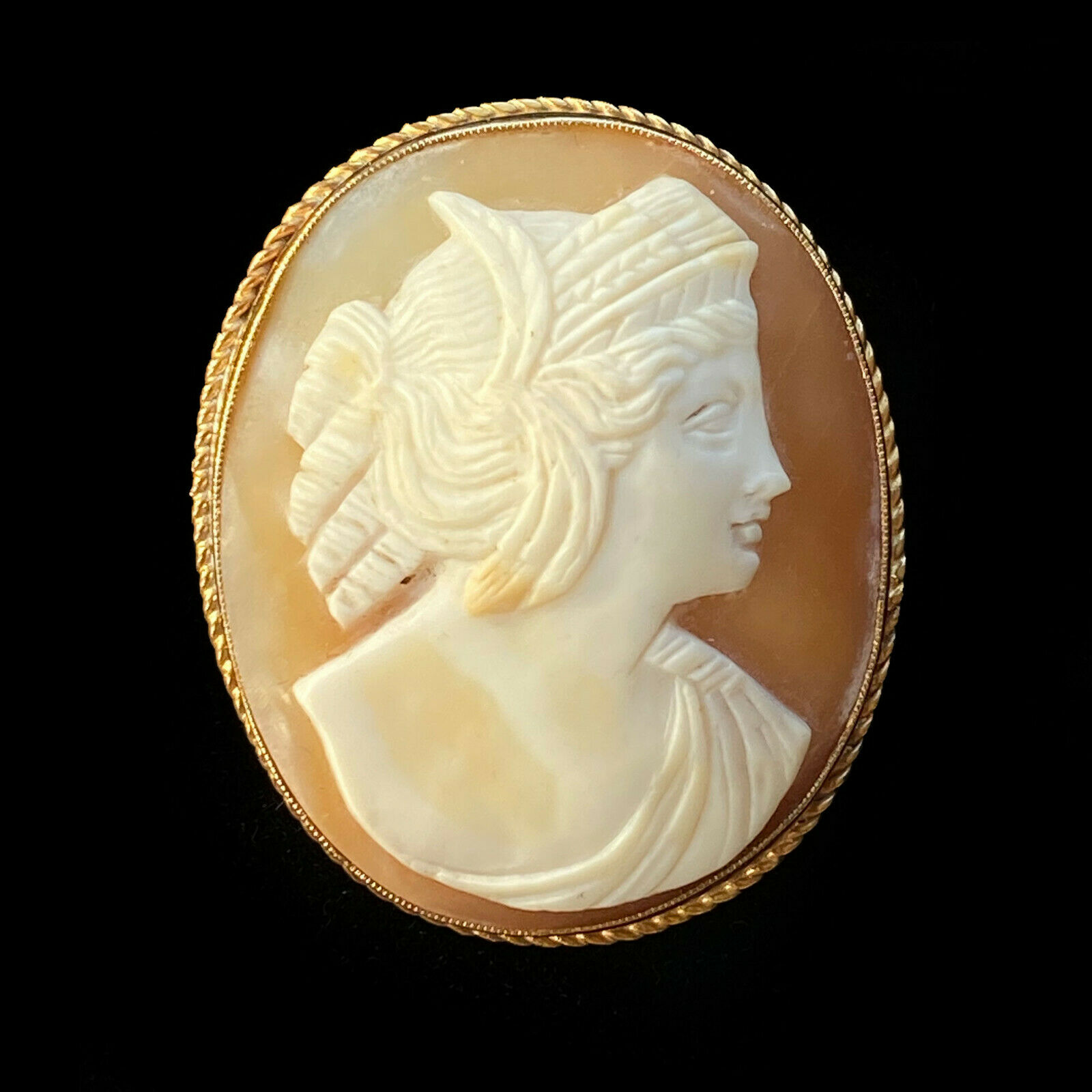 Antique 9ct, 9k, 375 Gold Goddess Hera Portrait Cameo Brooch, Circa 1910
