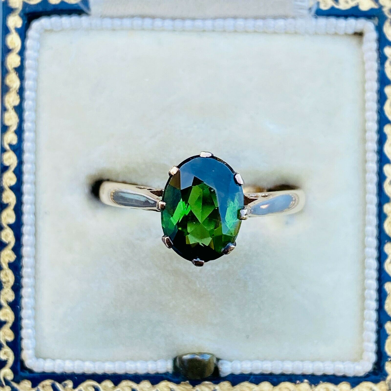Vintage 9ct, 9k, 375 Gold, Tourmaline 1.86ct solitaire Ring, London