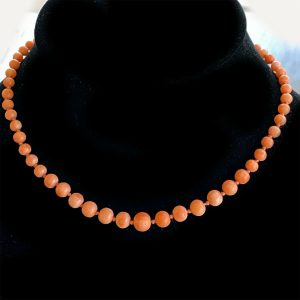 """Early Victorian Natural Salmon Pink Coral Beaded Necklace, length 12.5"""" / 32cm"""