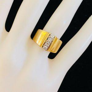 Vintage 18ct, 18k, 750 Gold 4-stone diamond 0.44ct engagement, dress Ring 1975