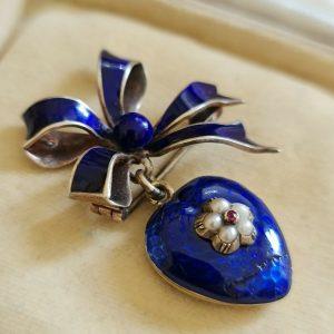 Victorian Mourning, 9ct, 9k 375 gold enamel ruby & Pearl heart locket/bow brooch