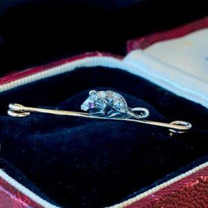 Fine Edwardian 15ct, 15k, 625 Gold & Silver, Diamond & Ruby mouse brooch, pin