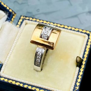 Stunning, Modern, 18ct, 18k, 750 two colour Gold, Diamond buckle ring, 10 grams
