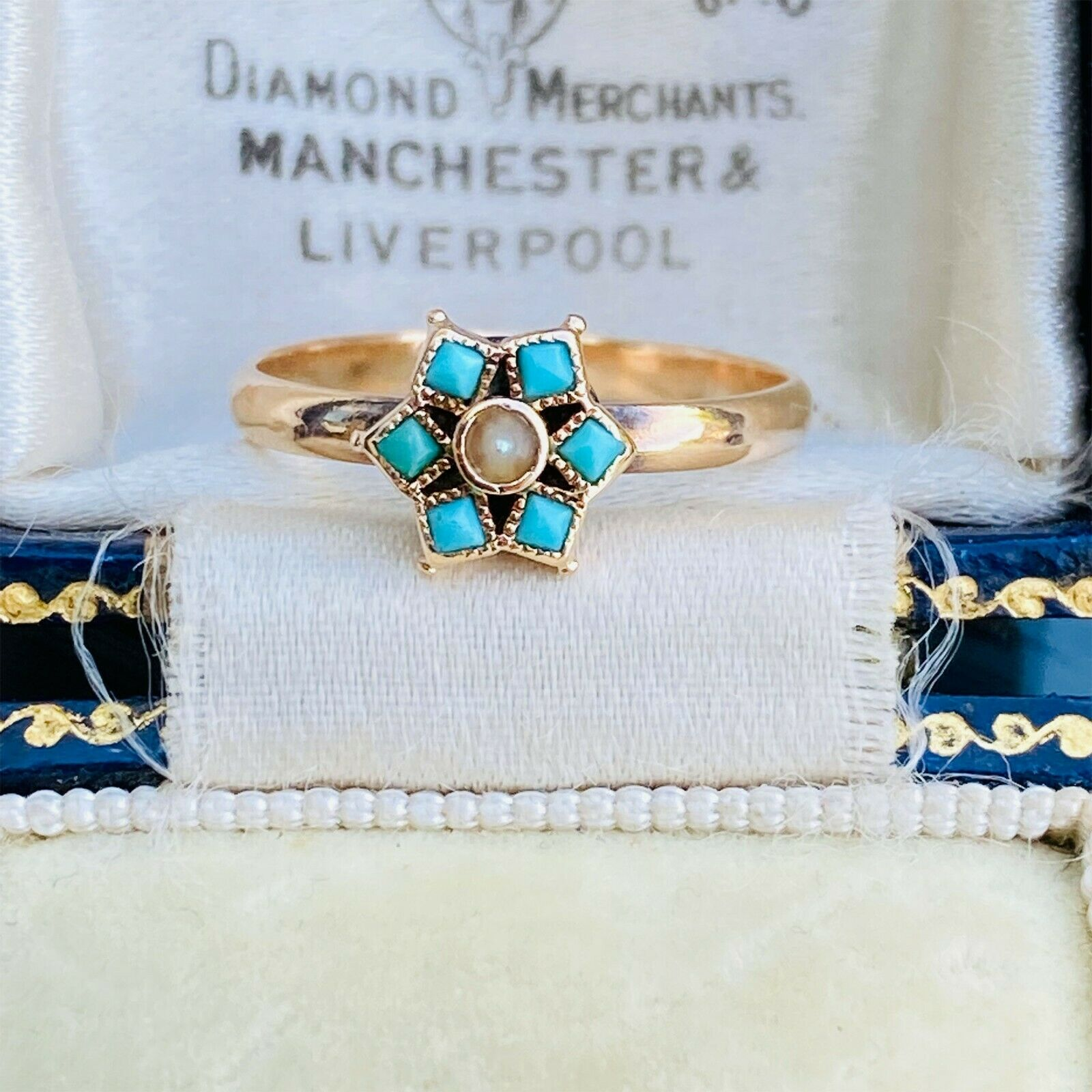 Pretty, Victorian 14ct, 14k, 585 Gold, Turquoise & Pearl daisy ring