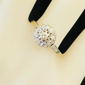 Vintage 18ct, 18k, 750 Gold Diamond (0.35ct), Daisy, cluster engagement ring