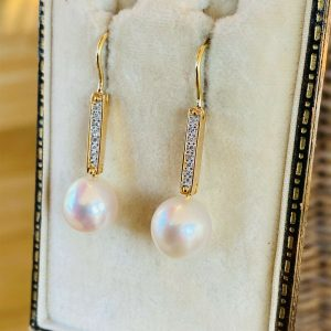 Fabulous, 18ct, 18k, 750 gold Diamond & Southsea Pearl drop earrings, 10 x 35mm