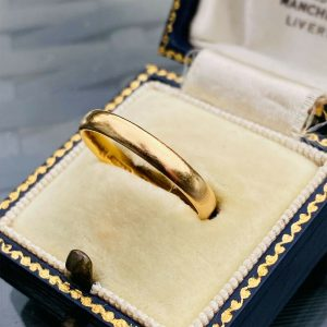 Art Deco 22ct/22k, 980 solid yellow gold D-shaped wedding ring, fully hallmarked