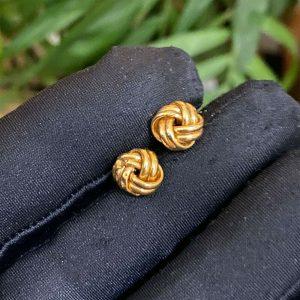 Lovely, 9ct, 9k, 375 Gold knot stud Earrings, Width: 9.5mm, fully hallmarked