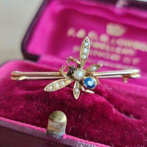 Victorian 15ct/15k, 625 Gold, Sapphire, Pearl & Garnet honey bee,bug,fly brooch