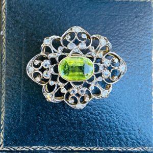 Victorian 14ct 14k, 585 Gold, Peridot and rose-cut diamond (4.48cts) brooch