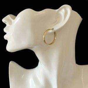 Gorgeous pair of large 9ct, 9k, 375 Yellow Gold hoop Earrings, 28.5mm