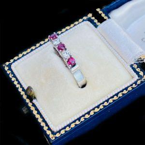 Vintage 14ct/14k, 585 white gold, Ruby & Diamond (0.40ct) five stone ring, C1960