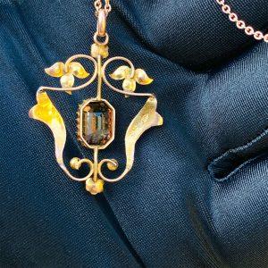 Art Nouveau 9ct, 9k, 375 Rose Gold, Paste & seed pearl lavaliere pendant, C1895