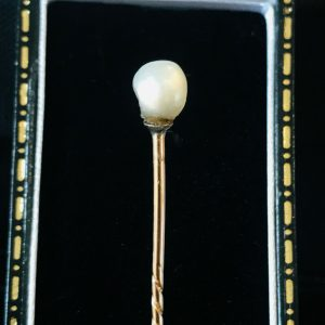 Victorian 15ct, 15k, 625 Rose Gold solitaire Natural Pearl stick, tie cravat pin