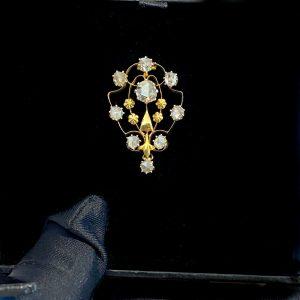 Antique, Victorian 18ct, 18k, 750 Gold Rose-cut Diamond cluster brooch, C1840