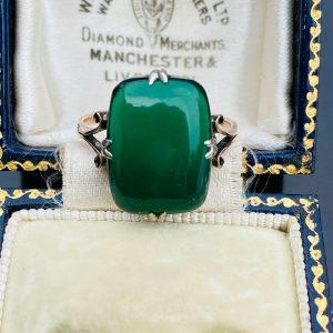 Retro, Vintage 9ct, 9k, 375 Rose Gold & Silver, green nephrite Jade, dress Ring