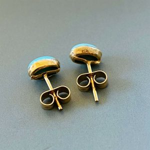 Vintage 9ct 9k, 375 Gold Turquoise cabachon earrings with post & scroll fitting