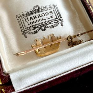 Edwardian, 9ct, 9k, 375 Rose Gold, Royal Naval, Crown brooch, pin. Circa 1910