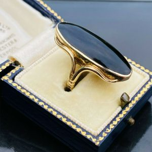 Vintage, 9ct, 9k, 375 Gold & Black Onyx elliptical statement ring, Circa 1970