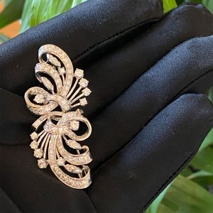Fabulous, Art Deco Platinum Diamond 3.30ct encrusted brooch, 53 x 23.5mm