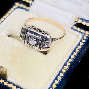 Antique 9ct, 9k, 375 rose gold shield, Signet ring, hallmarked Chester 1915, Maker S D? Ltd