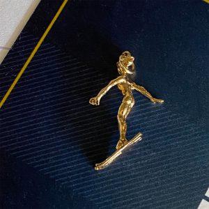 Vintage 9ct, 9k, 375 yellow gold lady on Skis pendant, charm