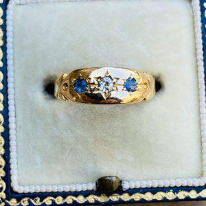Victorian, 18ct, 18k, 750 Gold Sapphire & Diamond gypsy, pinky ring, circa 1880